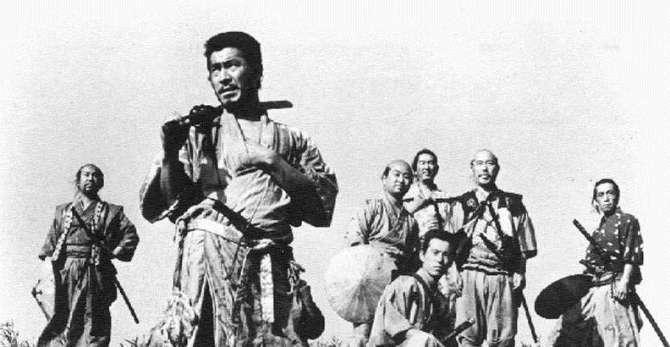 — Со сколькерыми самураями... Э, больно! Слы, чё я такого сказал? Э, чё ты меч достал?!